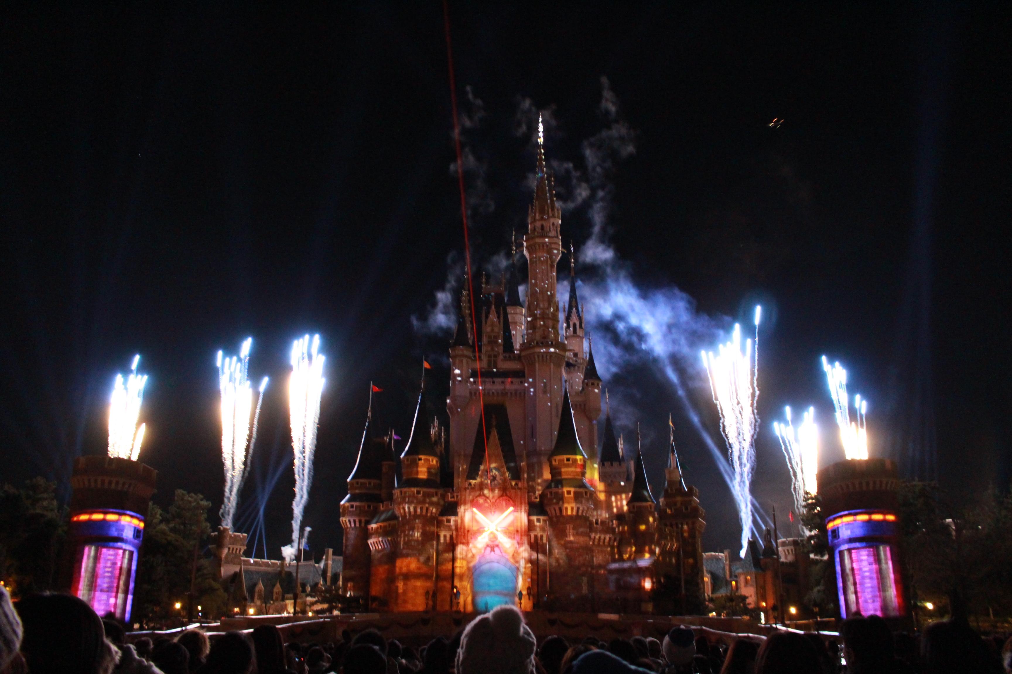 ディズニー『Celebrate! Tokyo DisneyLand』鑑賞場所徹底解説!!(後編)